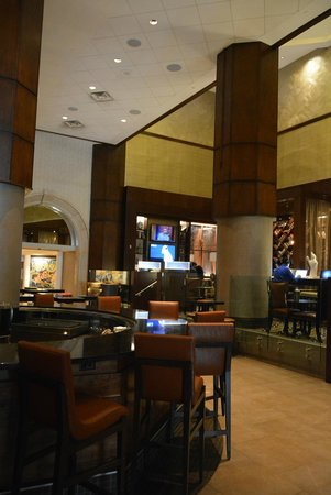JW Marriott New Orleans: Hotel bar