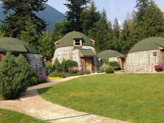 The Domes: Cottage