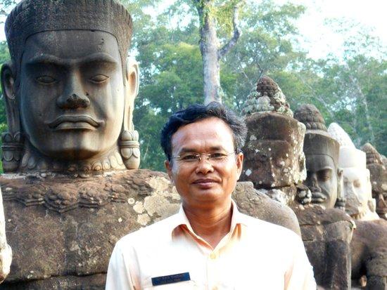 Angkor Wat Services day tours: Angkor Wat