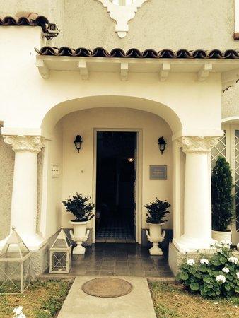 Hotel Boutique Quinta Miraflores: La entrada del hotel