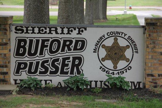 Adamsville, TN: Front Sign