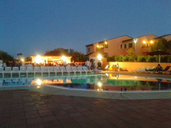 Cala Rosa Club Hotel: Serata in piscina