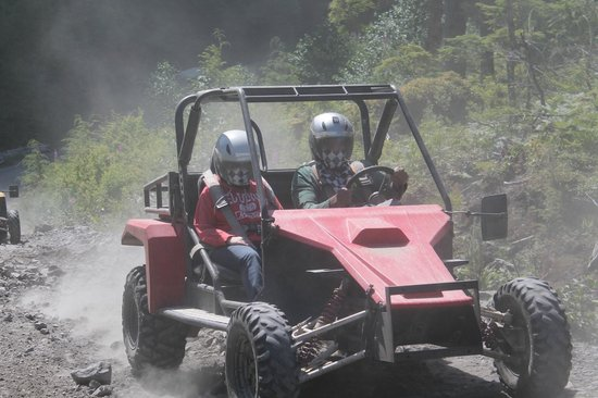 Adventure Kart Expedition: Just a li'l dust!