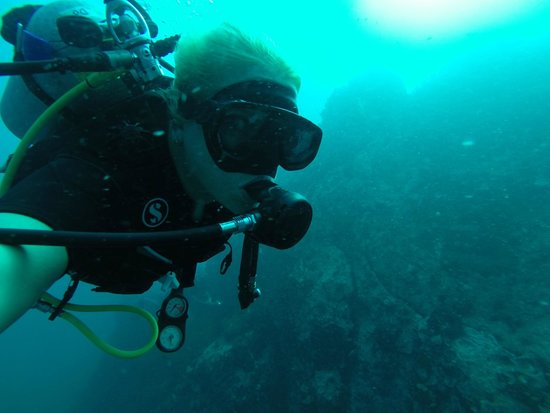 Discovery Dive Centre : Underwater Selfie