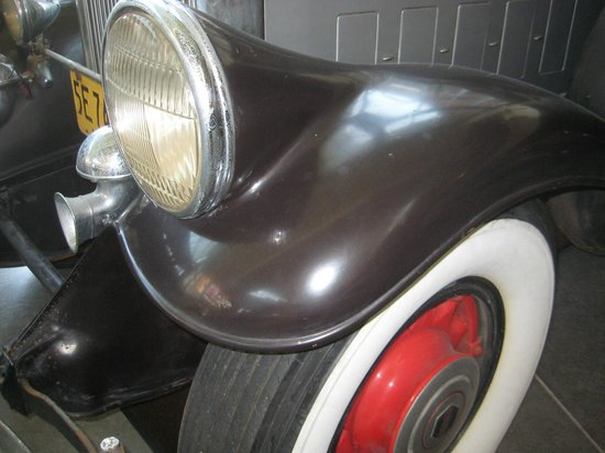 Pierce-Arrow Museum: Iconic fared headlights say Pierce-Arrow luxury