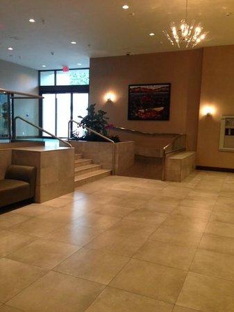 Holiday Inn Vancouver Centre: Lobby