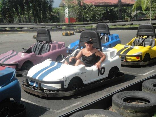 Parque del Café: Car-ritos chocones