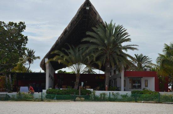 Coche Paradise Hotel Isla Margarita: entrada del hotel