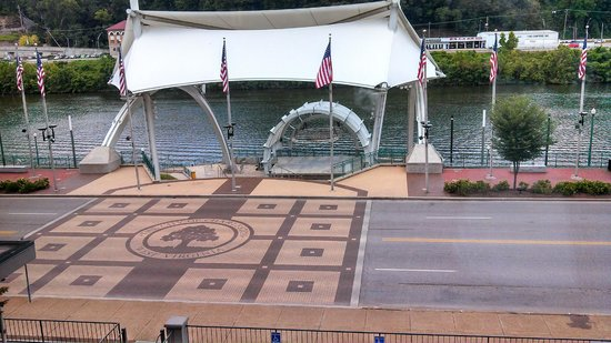 Four Points by Sheraton Charleston: Haddad Riverfront Park