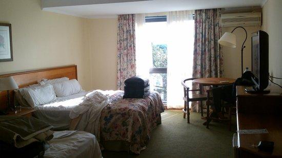 Hotel Saint George : Habitación bien amplia