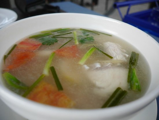 The Hilltop : Tom Yam soup