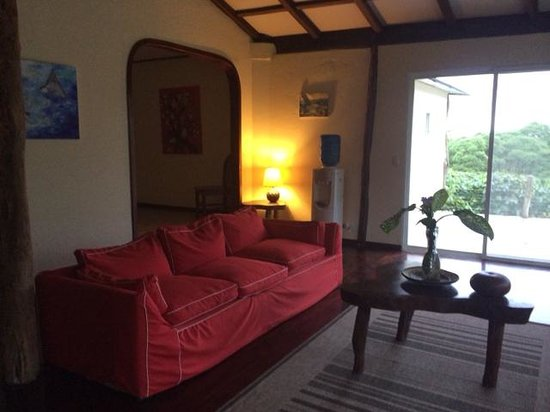 Semilla Verde Boutique Hotel: 2nd lounge, in the lower level
