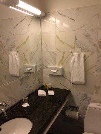 Phoenix Copenhagen: Ванная, полотенца