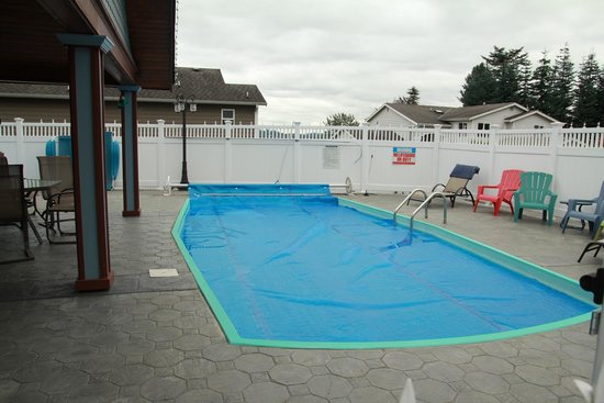 Mansion Inn Lake Stevens : Pool area