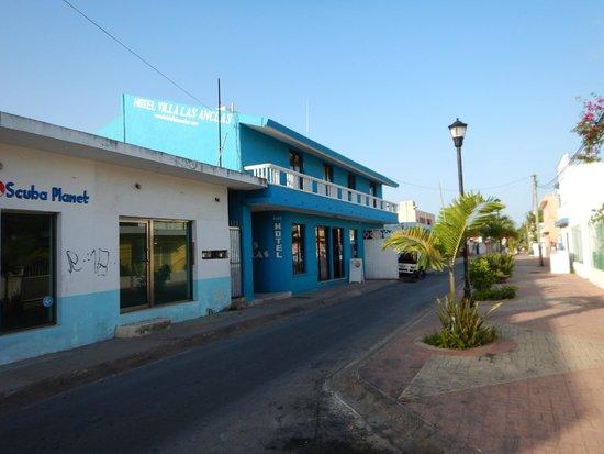 Villas Las Anclas: Street view