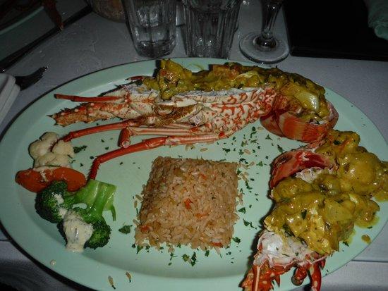 Mim's Seaside Bistro : Best lobster I've had