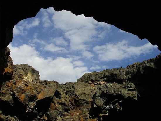 Craters of the Moon National Monument: The exit to Indian Tunnel
