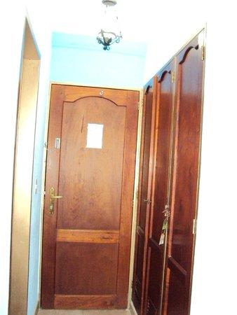 Hotel Mistafi: puertas