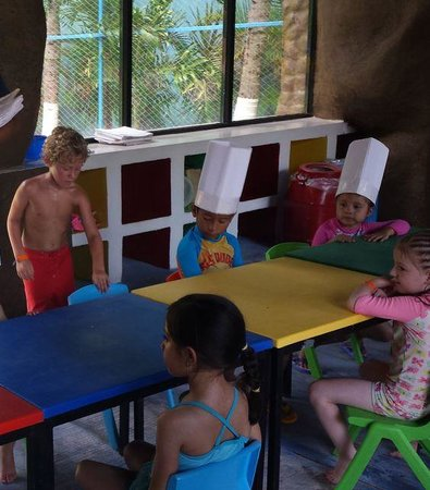 Crown Paradise Club Cancun : kids club