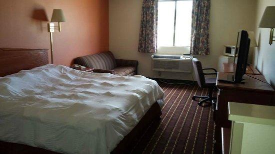 Texas Inn & Suites : King Suit Room