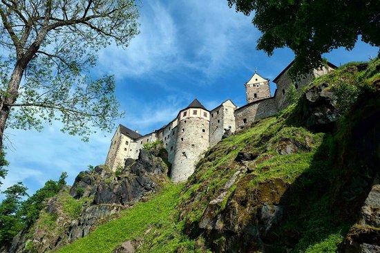 Castle Loket: Замок Локет