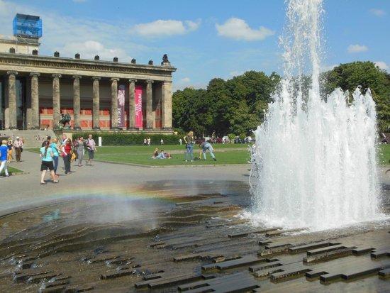 Museumsinsel: La Piazza davanti l'Altes Museum