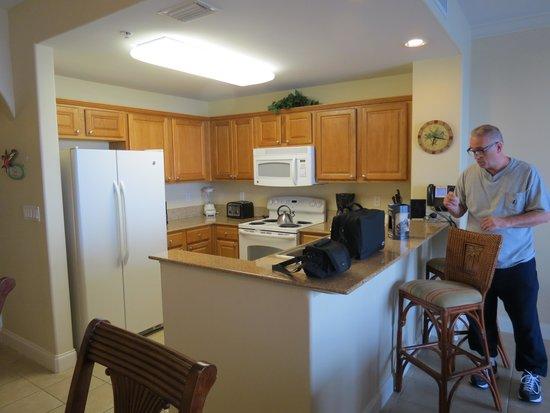 Blue Heron Beach Resort: Kitchen.