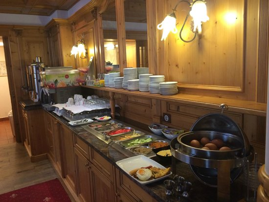 Hotel BinderBubi: Breakfast buffet (included)
