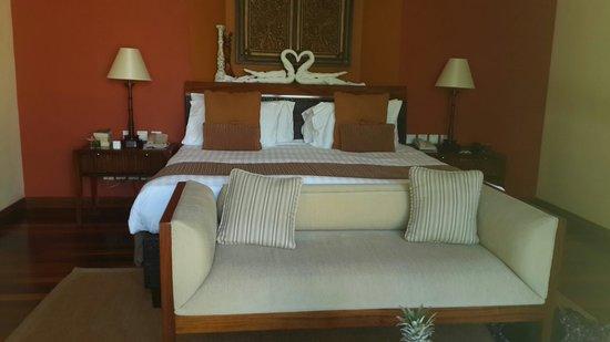 Maradiva Villas Resort and Spa: The beautiful bedroom