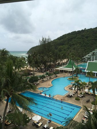 Le Meridien Phuket Beach Resort : View from our room - poolfront (6th floor if i remember correctly!)