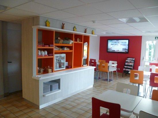 Premiere Classe Strasbourg Sud - Illkirch : Salle petit-déjeuner