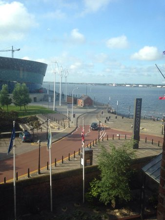 Holiday Inn Express Liverpool-Albert Dock: View from the breakfast area.
