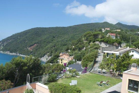 Hotel Mondial: Вид на горы