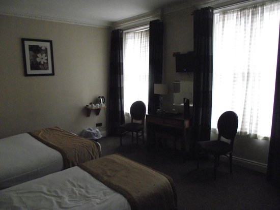 The Central Hotel : Room 206