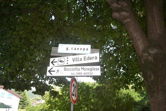 Hotel Mondial: по дороге к отелю