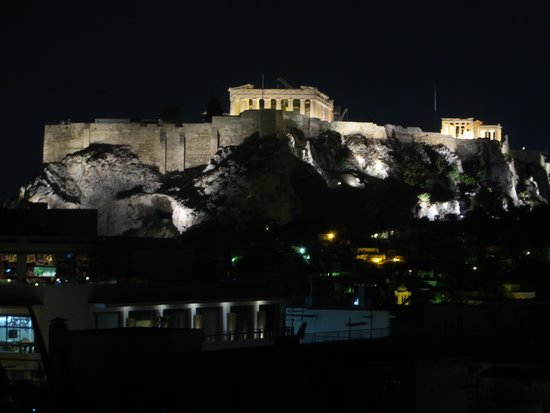 Amalia Hotel: view of acropolis from roof top
