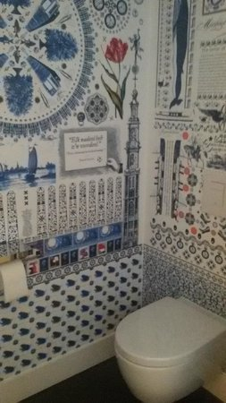 Andaz Amsterdam Prinsengracht: Toilettes dans la chambre