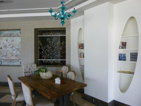 Voyage Torba: Panorama Bar iç dekorasyon...
