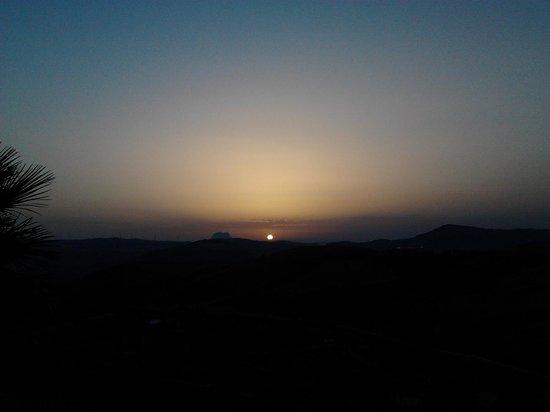 Azienda Agrituristica Villa Dafne: tramonto visibile dalla nostra camera
