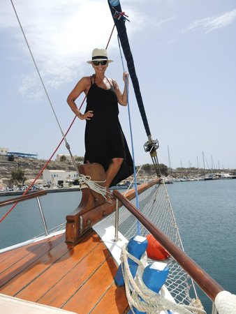 Captain George Santorini Yachting: Ok, now I stand up and snag another shot - can never get enough!