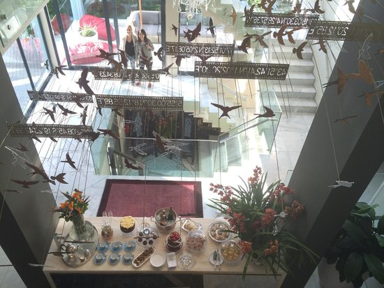 MannaBay : The view of what's for high tea from the top floor