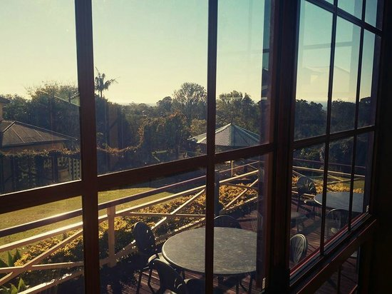 Bungunyah Manor Resort: View from dining-deck