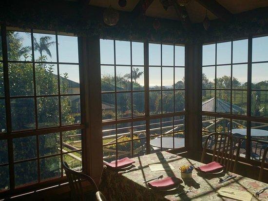 Bungunyah Manor Resort: Dining