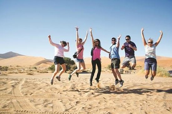 Cape Town Central, South Africa: Acacia Africa - fun time in the desert!