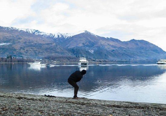 Wanaka: Practice your stone-skipping skills at the lake.