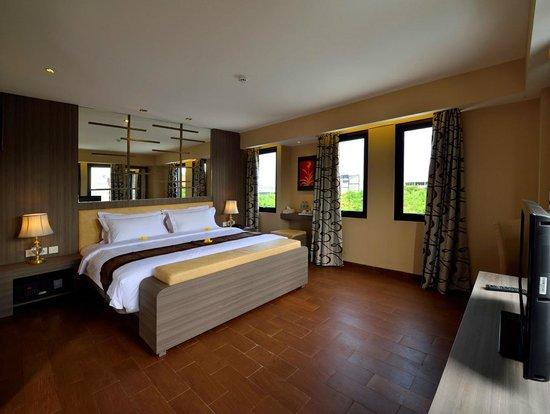 Serela Kuta : Suite Room