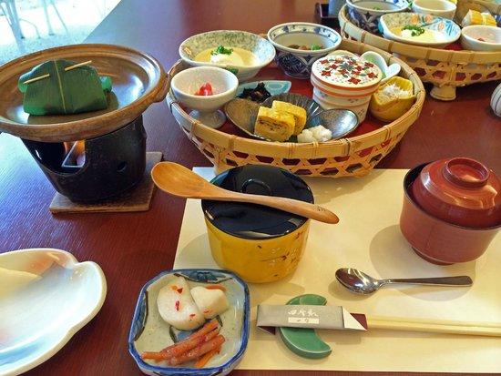 Shikisai Ichiriki: 朝食