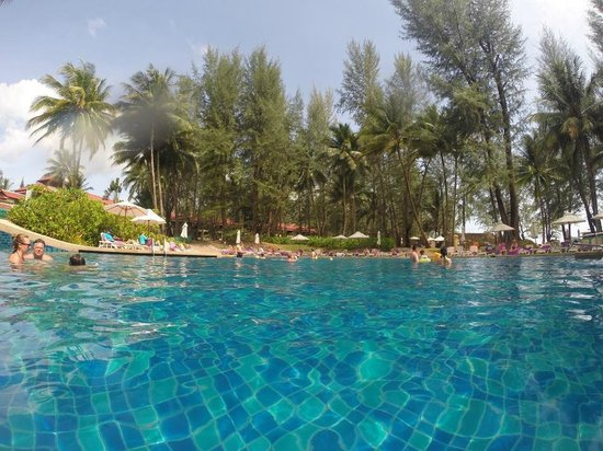 Dusit Thani Laguna Phuket: Large swimming pool