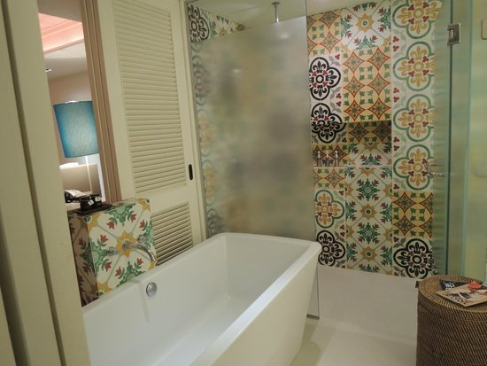 Rest Detail Hotel Hua Hin: Bathroom