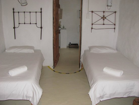 Brakdakkie Prince Albert : Two single beds